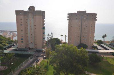 Edificios en Campoamor vistas al mar